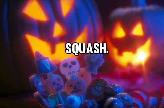 21 Dad Jokes You Re Going To Need This Halloween Halloween Wallpaper Spirit Halloween Couple Halloween Costumes