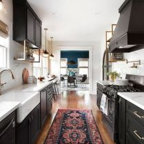 +46 The Basic Facts Of Magnolia Homes Joanna Gaines Fixer Upper Kitchens 58 #magnoliahomesjoannagaines