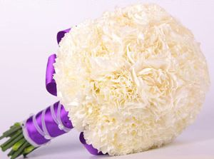 Bridesmaids. Like the purple ribbon wrap, but with no stems showing. @simpleblissaug