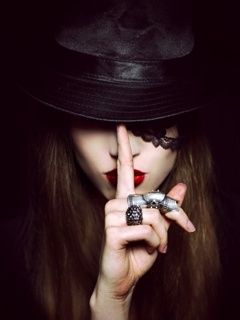 Attitude Killer Smoke Girl Girl Profile Pictures Dp For Girls