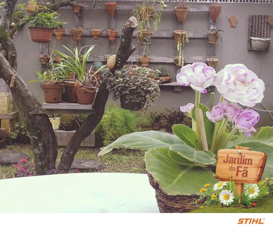 Recebemos um pedido muito especial: mostrar o jardim da Marcia Leonardi, mãe da Karine, de Gravataí (RS).