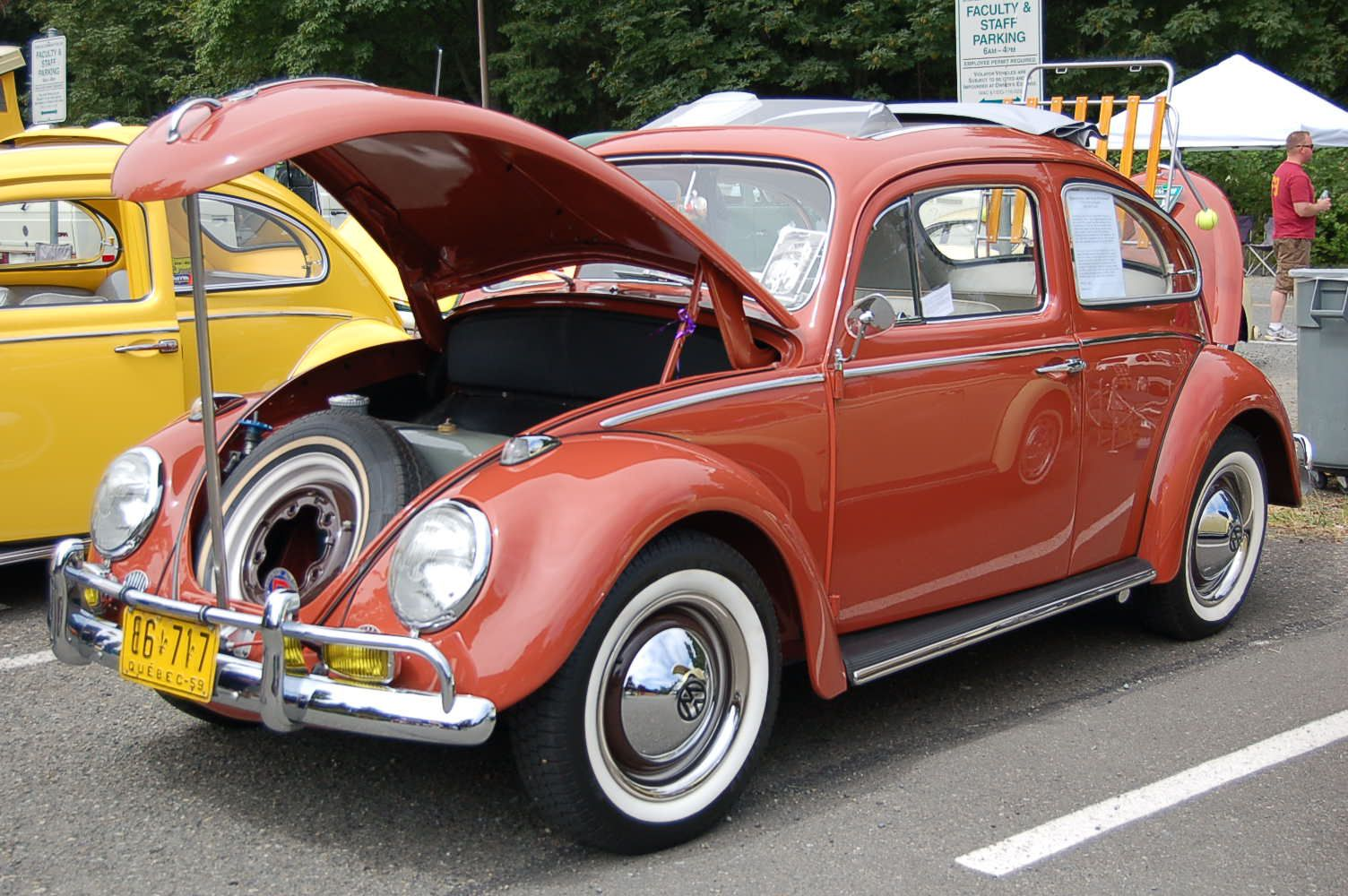 Volkswagen Bug painted stock Indian Red L451 (originally