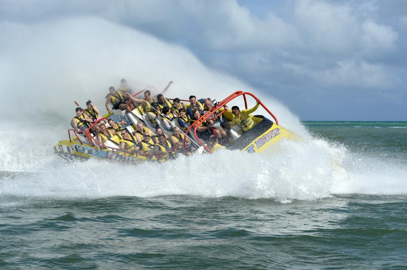 Feel the adrenaline rush through your body in this extreme boat ride to Isla Pasion!