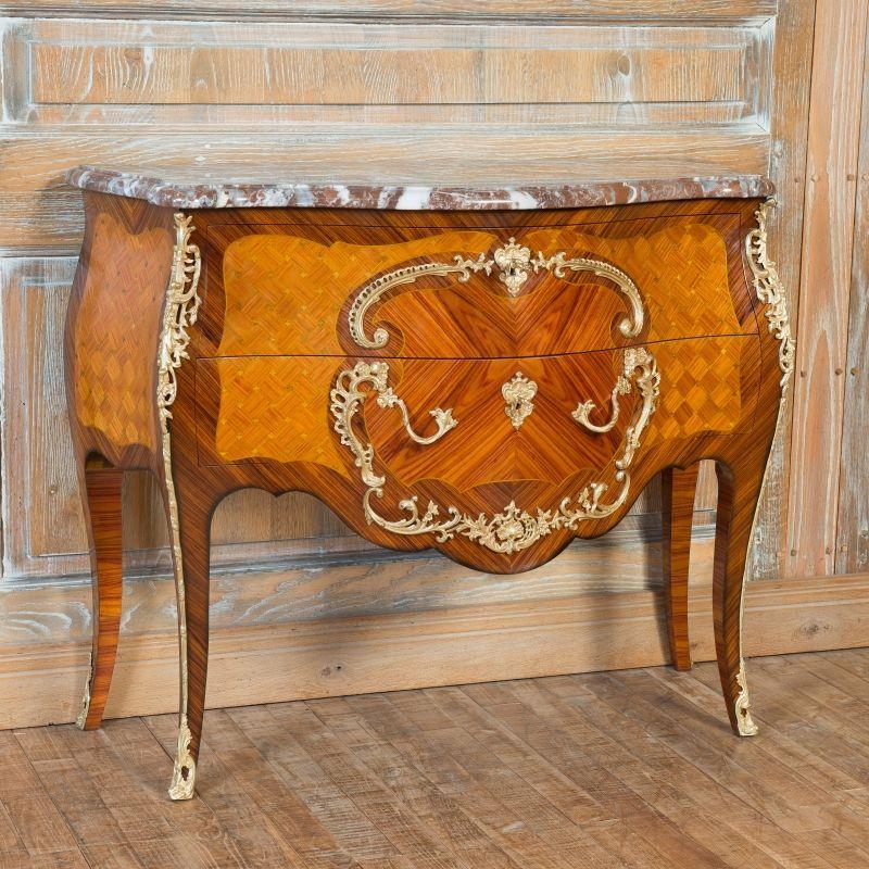 Commode cressent style louis xv marqueterie de bois de - Commode louis xv bois de rose ...