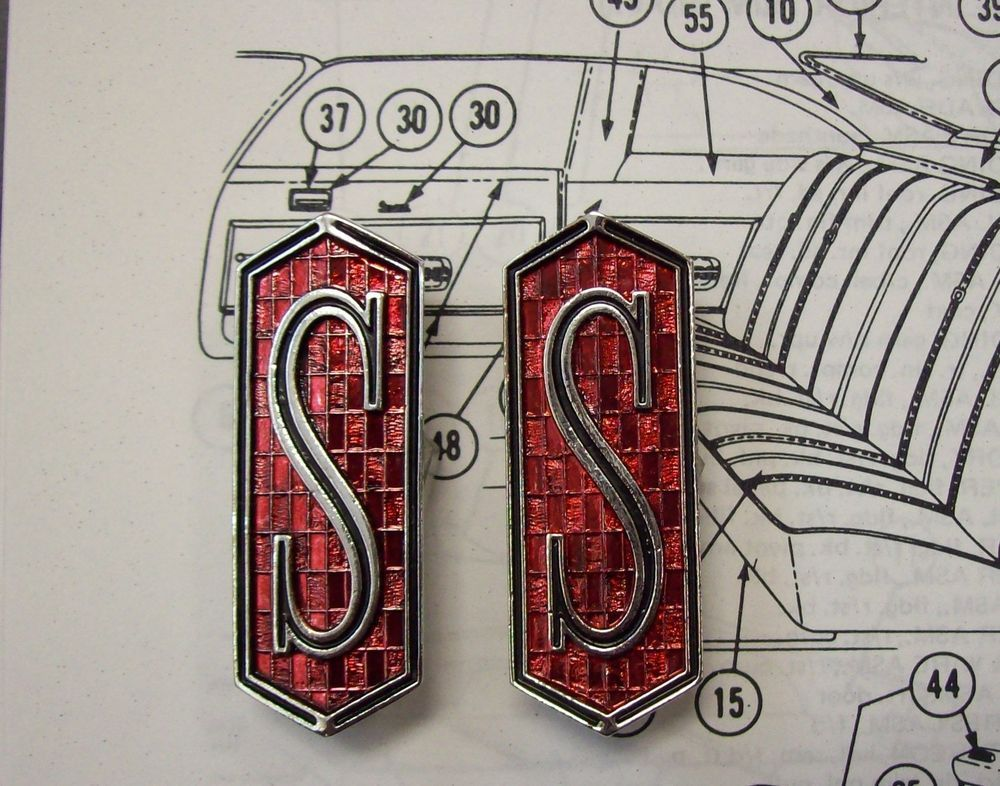 1971 1972 Cutlass S Cutlass 442 W 30 Wood Grain Door Panel Emblem Emblems Nosr Ebay Oldsmobile Cutlass Flex Hose Oldsmobile