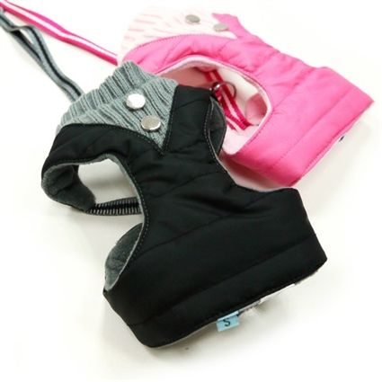 A warm, fleece-lined step-in dog harness for small dogs. Matching leash included.