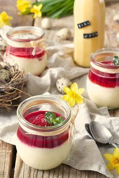 Fast eggnog mouse with only five ingredients - sweets and lifestyle#eggnog #fast #ingredients #lifestyle #mouse #sweets
