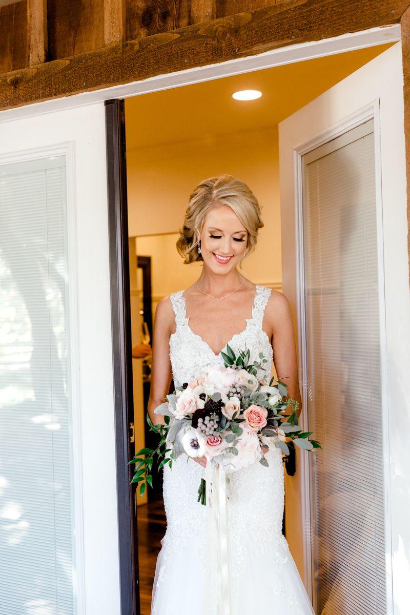 Lovely Lake Oak Meadows Winery Wedding B R Showit Blog Winery Weddings Oak Meadow Wedding Inspiration