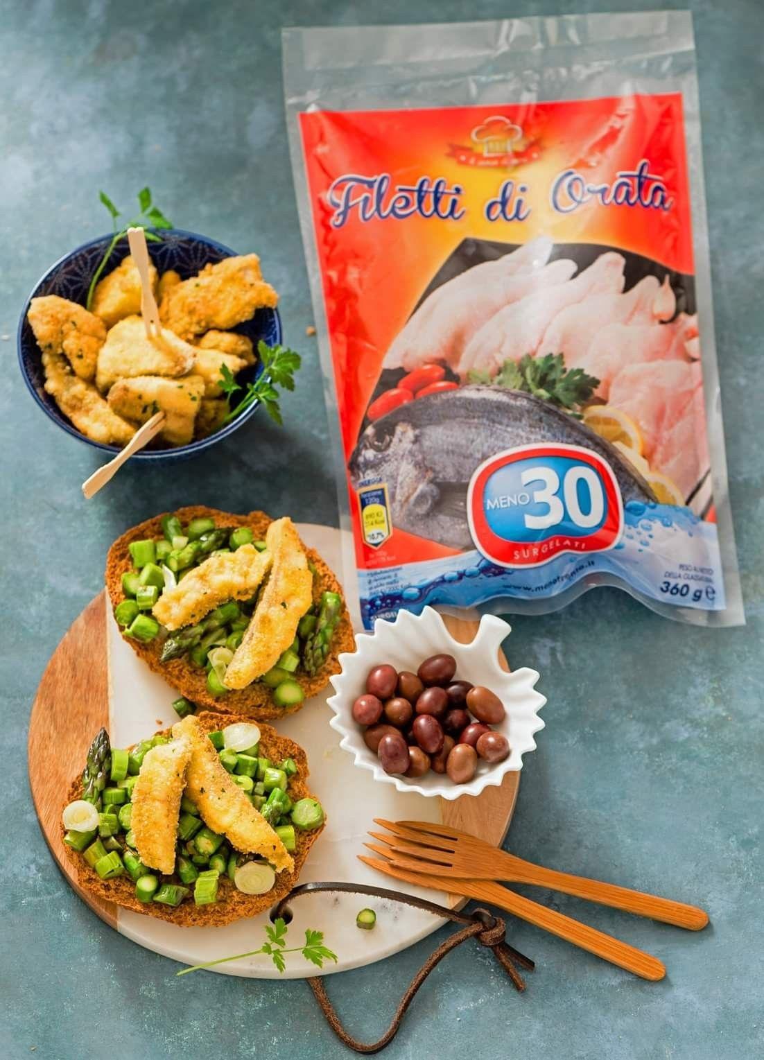 Ricetta Orata Asparagi.Friselle Con Asparagi Cipollotto E Cotolette D Orata Idee Alimentari Ricette Asparagi