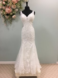Stella York Ivory Lace And Tulle 6571 Traditional Wedding Dress Size 12 L 56 Off Retail In 2020 Size 12 Wedding Dress Sparkle Wedding Dress Cheap Wedding Dress