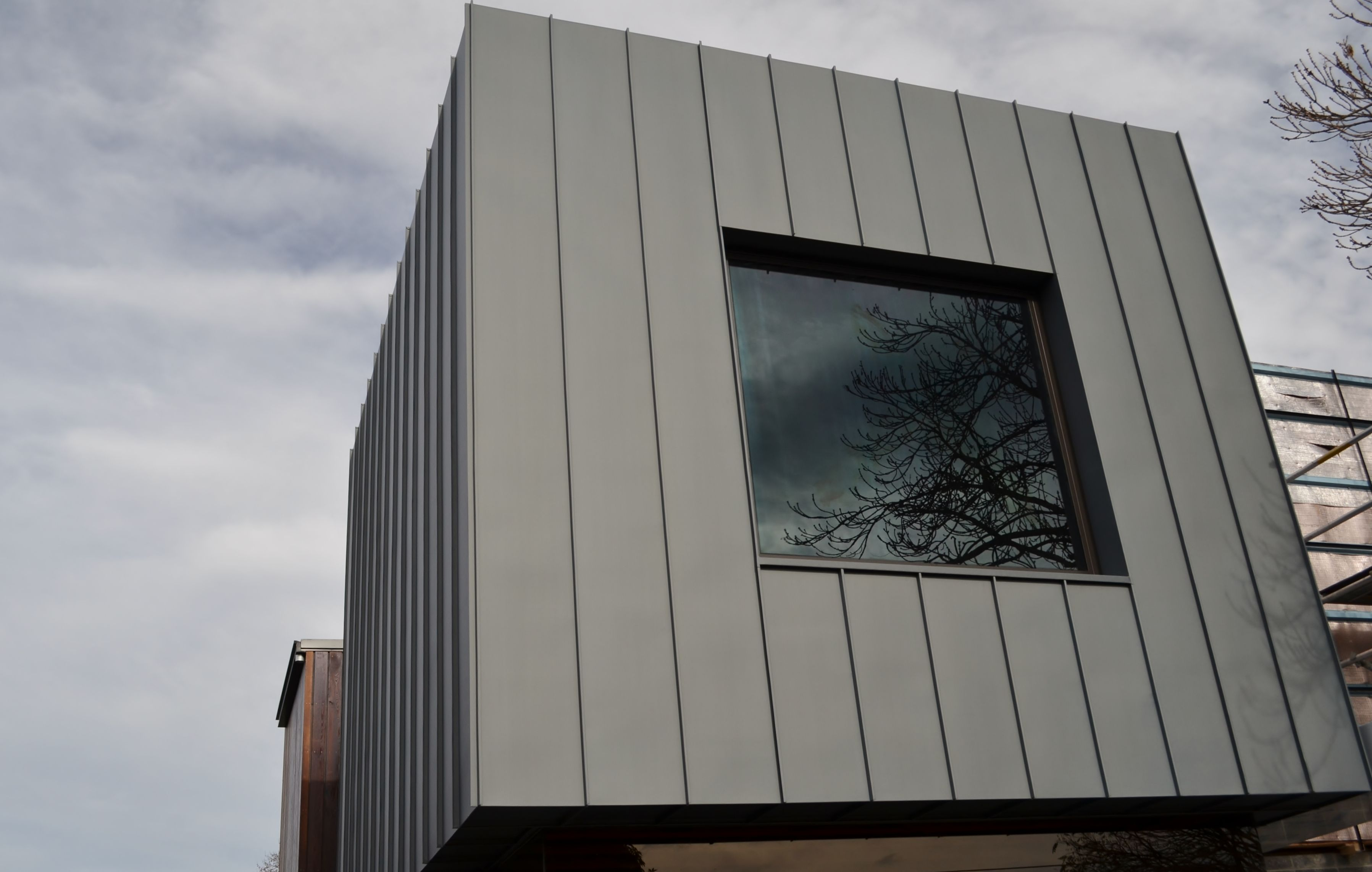 Design cladding we install a range of metal cladding for Revestimiento exterior zinc