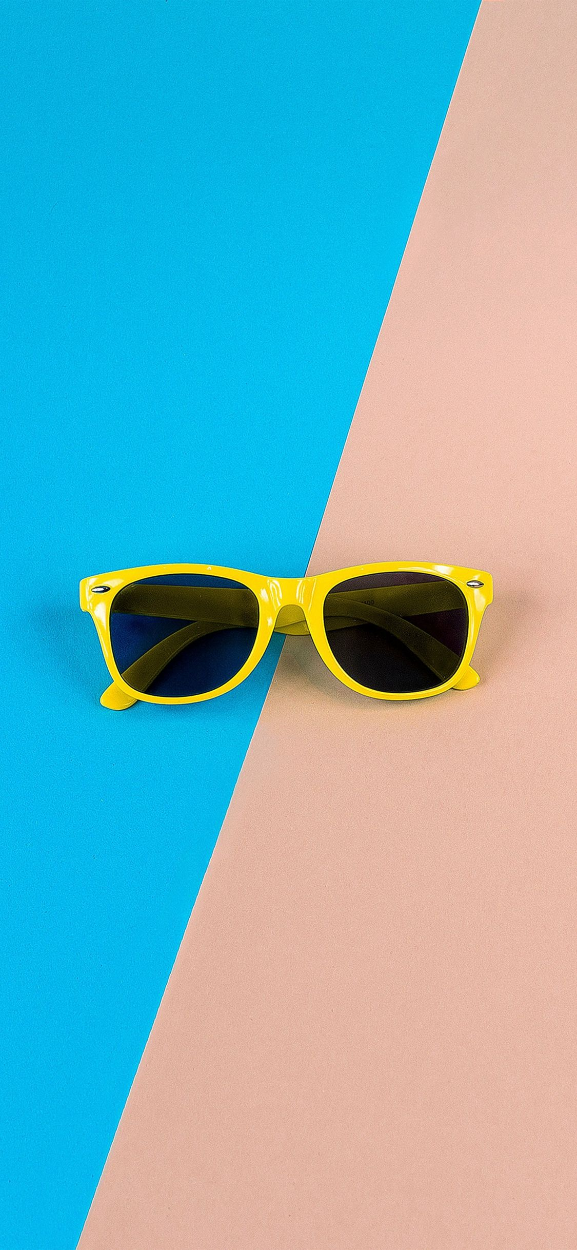 Minimal Glasses Pink Blue Yellow Iphone X Wallpaper Iphone X