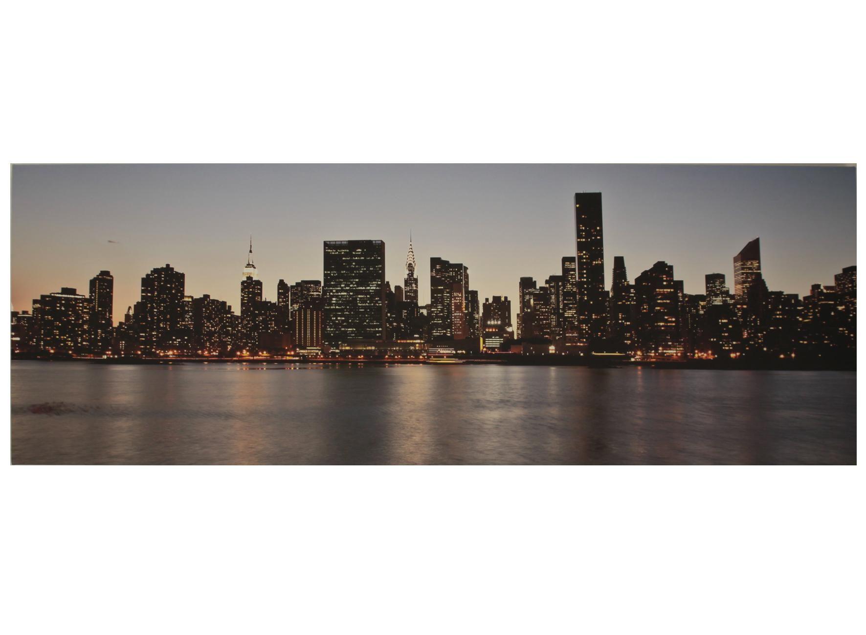 Il quadro raffigura lo sky line di new york il quadro si adatta
