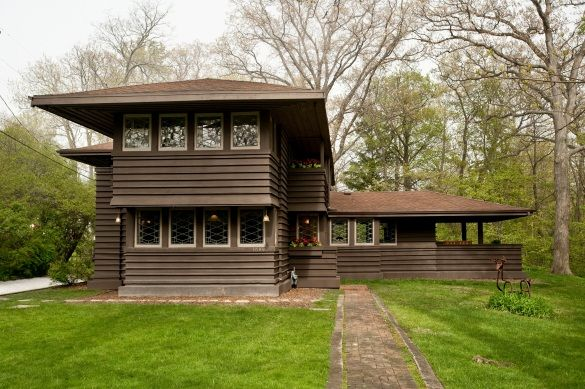 Frank Lloyd Wright Millard House Highland Park IL $1.25 Million