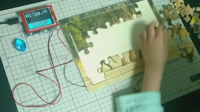Your Puzzle's Done When The Electronics Says So | Hackaday