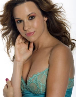 Lacey Chabert Measurements, Height, Age, Wiki, Husband, Biography ...