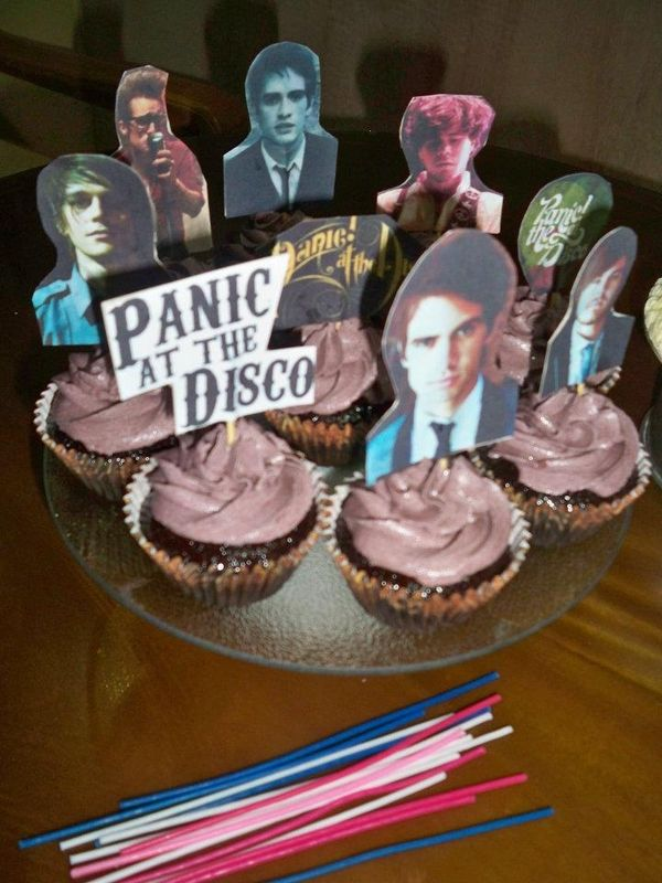 These Are The Best Looking Cupcakes Ever Panic At The Disco