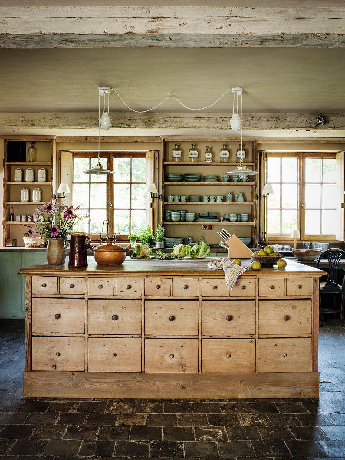 Joris Van Apers | Robuuste landelijke keuken | Luxus Wonen | Keuken ...