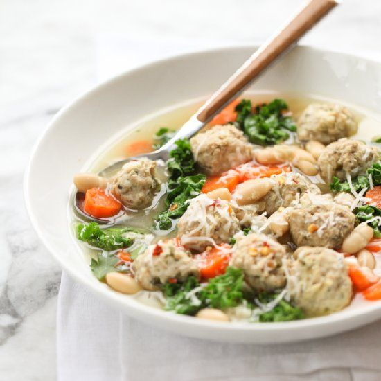 Skinny Slow Cooker Kale And Turkey Meatball Soup Is An Italian Wedding On A Diet