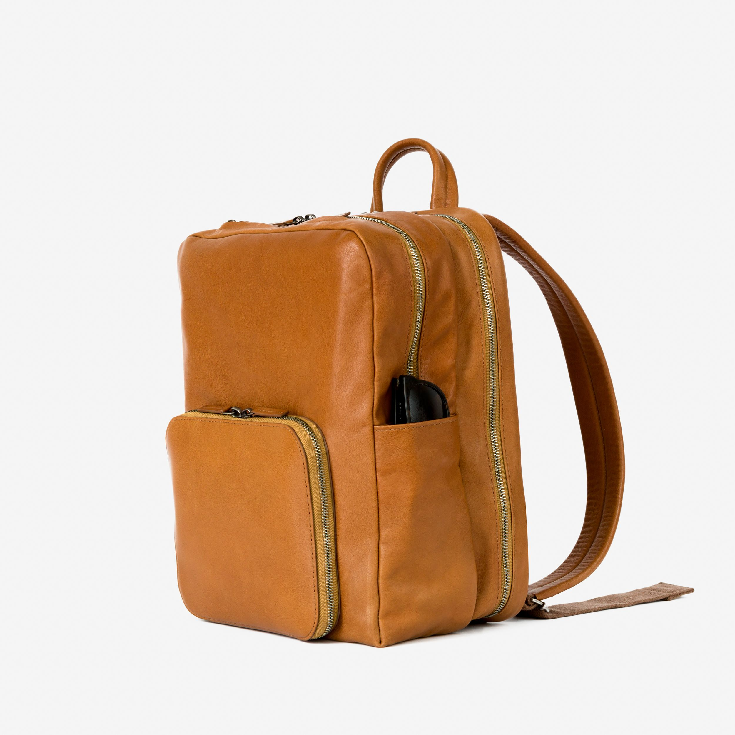 93988f4a2bb0 leather backpack w 3 sections + wifi + location tracking