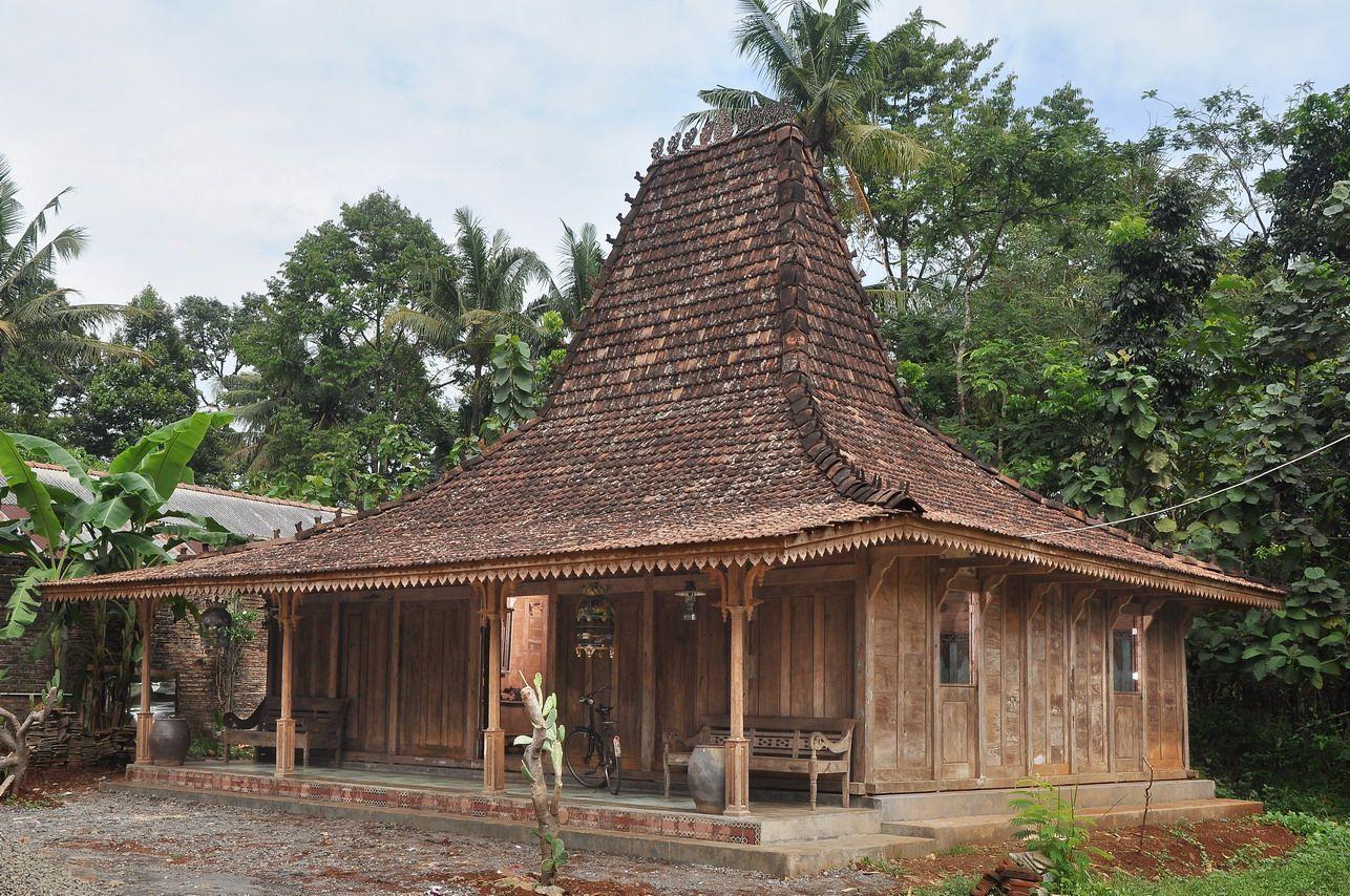 Rumah Adat Semarang