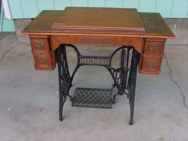 Singer Treadle Sewing Machine Value | 1898 Singer Sewing Machine Treadle  Model 27 | Instappraisal - Antique 1896, Model 27, Singer Treadle Sewing Machine, In Oak
