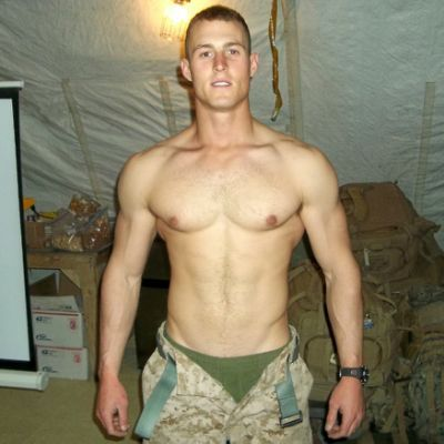 men hot nude military