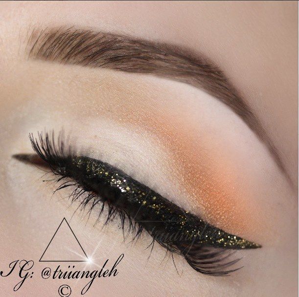get this look glitter eyeliner 'Gold Digger' above my black which is called 'Jet Black' (Kohl Eyeli