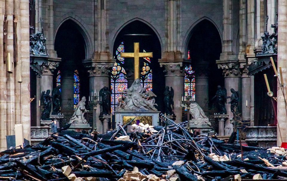 Haunting Photos Of The Notre Dame Cathedral S Charred Remains Show What S Left On The Inside Cathedral Notre Dame Spires