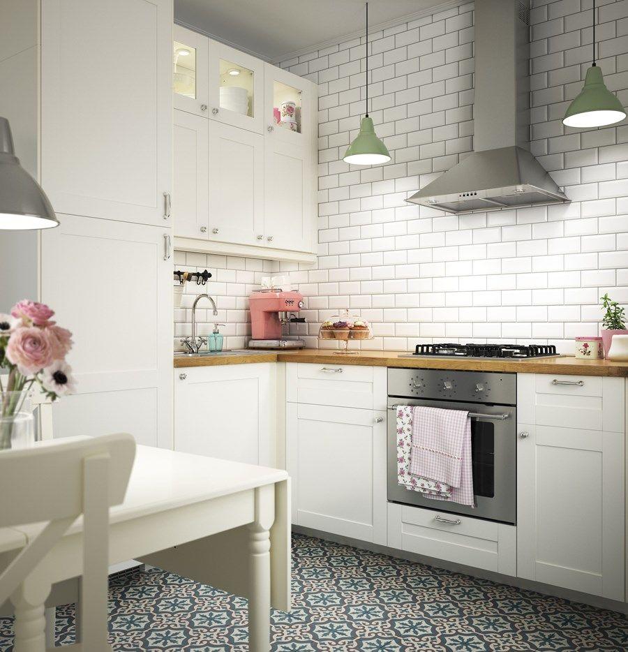 Kuchnia IKEA Mała średnia otwarta kuchnia w kształcie