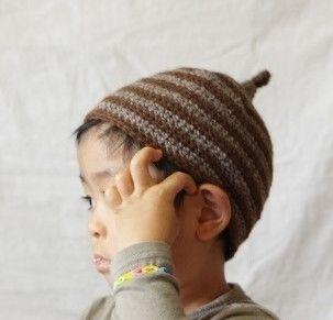 Sサイズ(47-51cm)素材:ウール、メリノウール最高の品質と言われる大変柔らかなメリノウールとウールの糸を合わせてボーダーの帽子を編んでみました。茶系でま...|ハンドメイド、手作り、手仕事品の通販・販売・購入ならCreema。