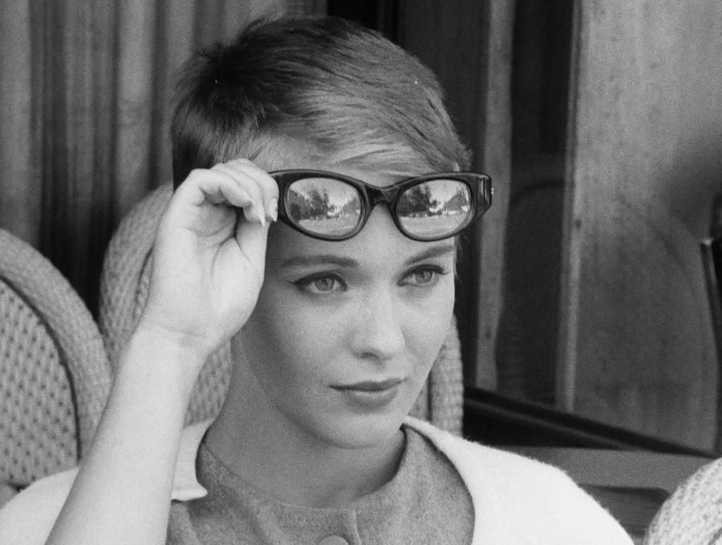 jean sebergjean seberg a bout de souffle, jean seberg quotes, jean seberg jean paul belmondo, jean seberg horoscope, jean seberg joan, jean seberg films, jean seberg imdb, jean seberg breathless, jean seberg interview, jean seberg vikipedi, jean seberg 1979, jean seberg haircut, jean seberg death, jean seberg, jean seberg style, jean seberg wikipedia, jean seberg actress, jean seberg bonjour tristesse, jean seberg tumblr, jean seberg height