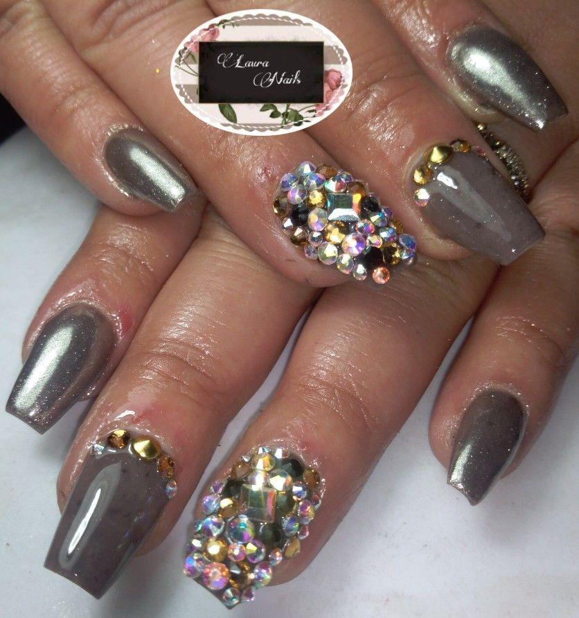 Uñas acrílicas efecto espejo / pedrería | LAURA nails | Pinterest ...