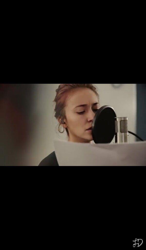 lauren daigle recording her christmas album