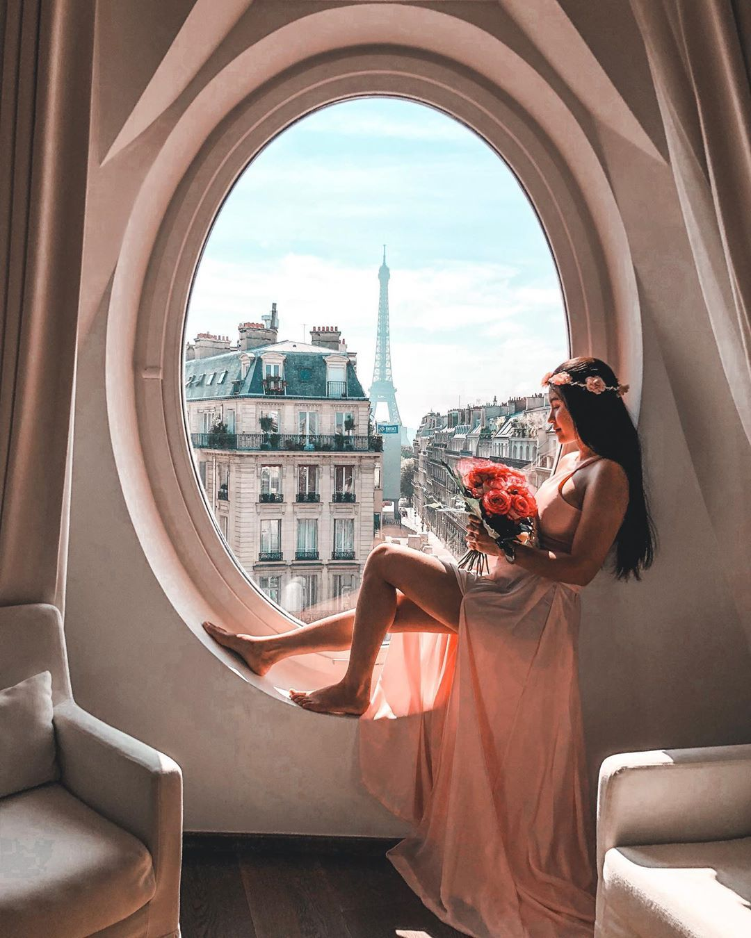 "FANGUNDAY❤️ TRAVEL 🌏LIFESTYLE on Instagram: ""Don't judge Others, you're not perfect! . . @lemetropolitanparis  #goodmorning #loveyourself #eiffel #lemetropolitain #besthotel #love…"""