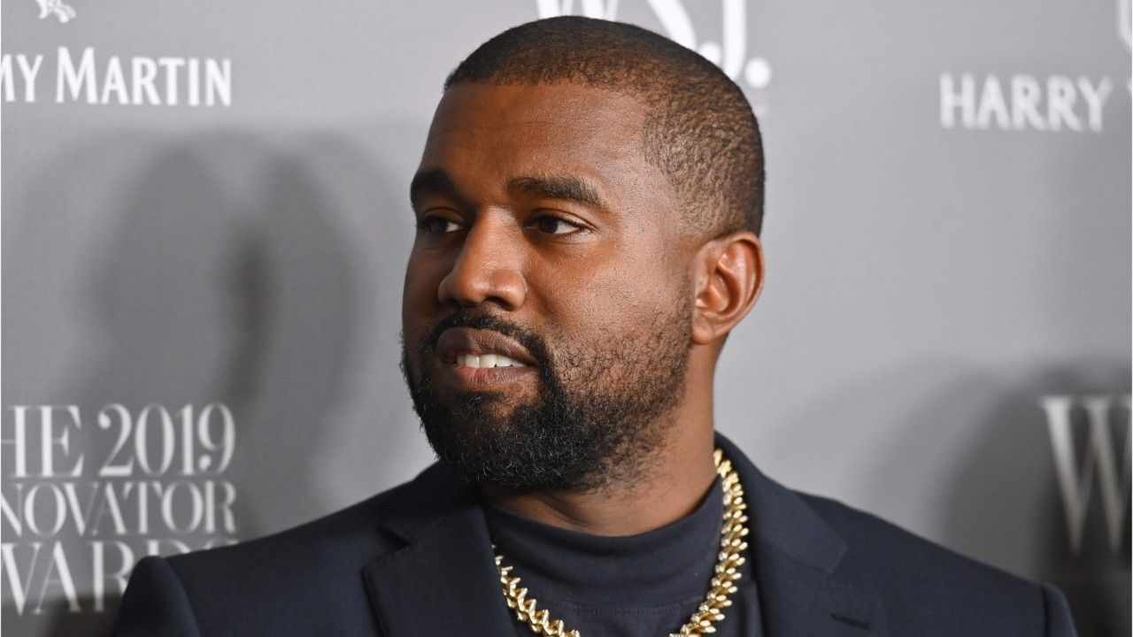 Fox News What Is Kanye West S Net Worth In 2020 Kanye West Kanye Rapper