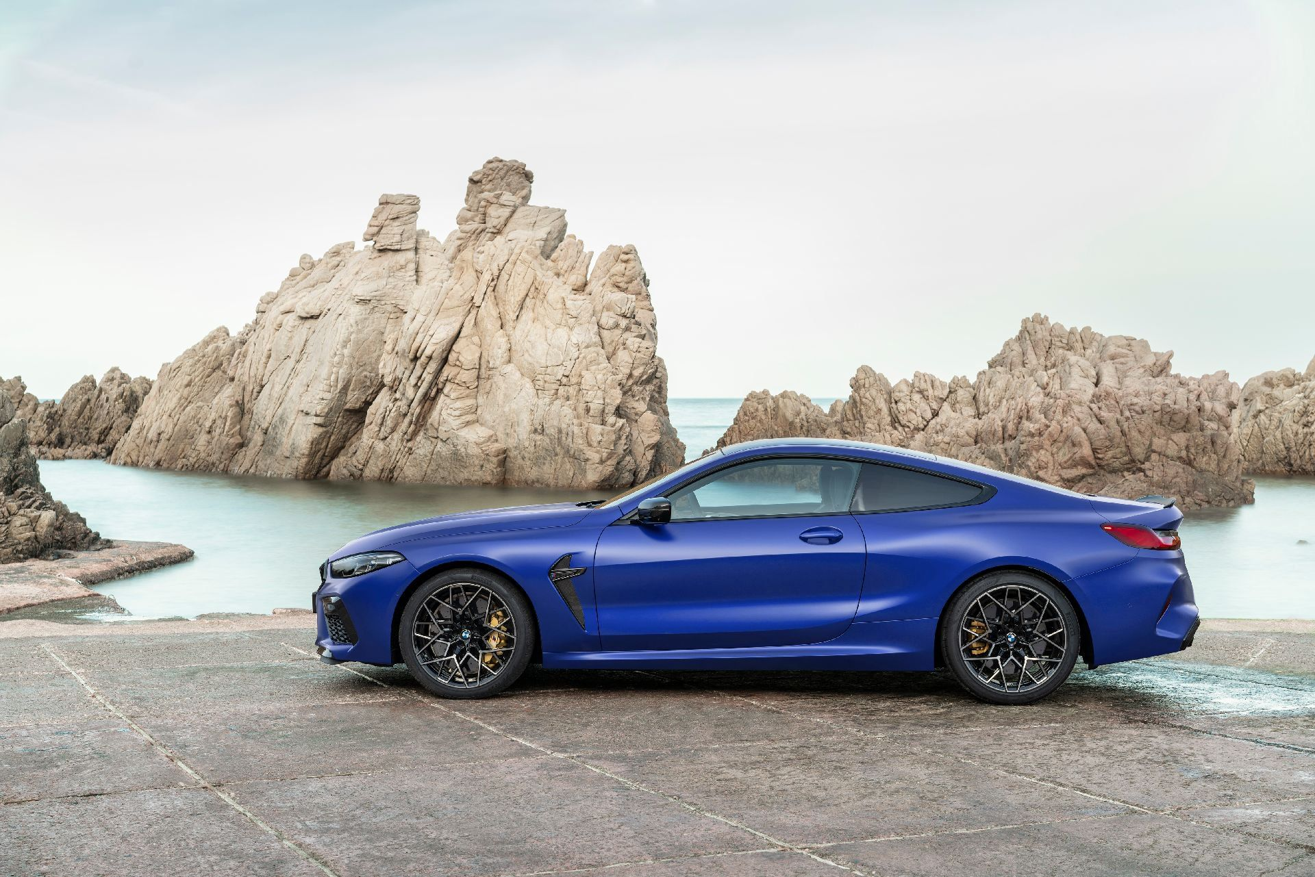 2020 Bmw M8 Premieres In Coupe Convertible And Competition Forms Bmw Coupe Latest Cars