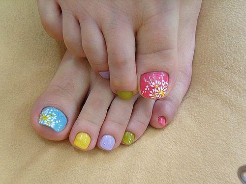Idk if I'd do each toe different. Kinda cute for easter maybe. - Idk If I'd Do Each Toe Different. Kinda Cute For Easter Maybe