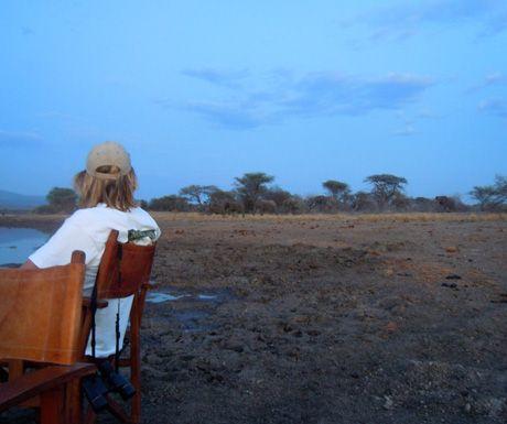 Best luxury Tanzania safari sundowner spots http://www.aluxurytravelblog.com/2013/11/19/best-luxury-tanzania-safari-sundowner-spots/