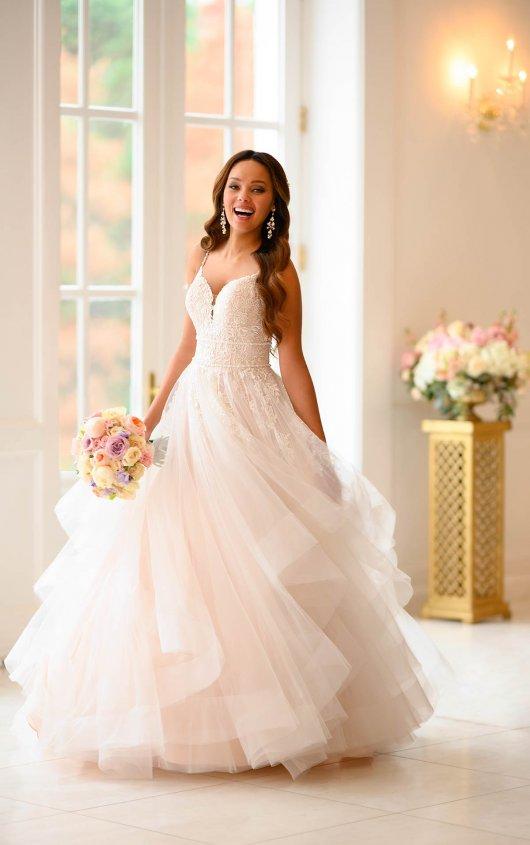 Tiered Tüll Prinzessin Ballkleid – Stella York Brautkleider