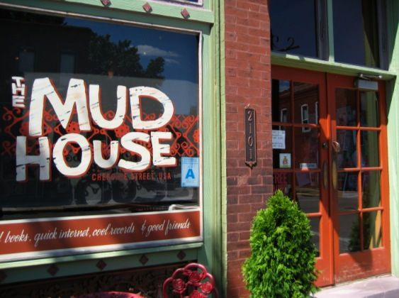 In 2009 The Wife Husband Team Of Casey And Jeremy Miller Bought This Popular Benton Park Spot And With The Help Of Chef Chris Bork Ha Summer Fridays Mud H