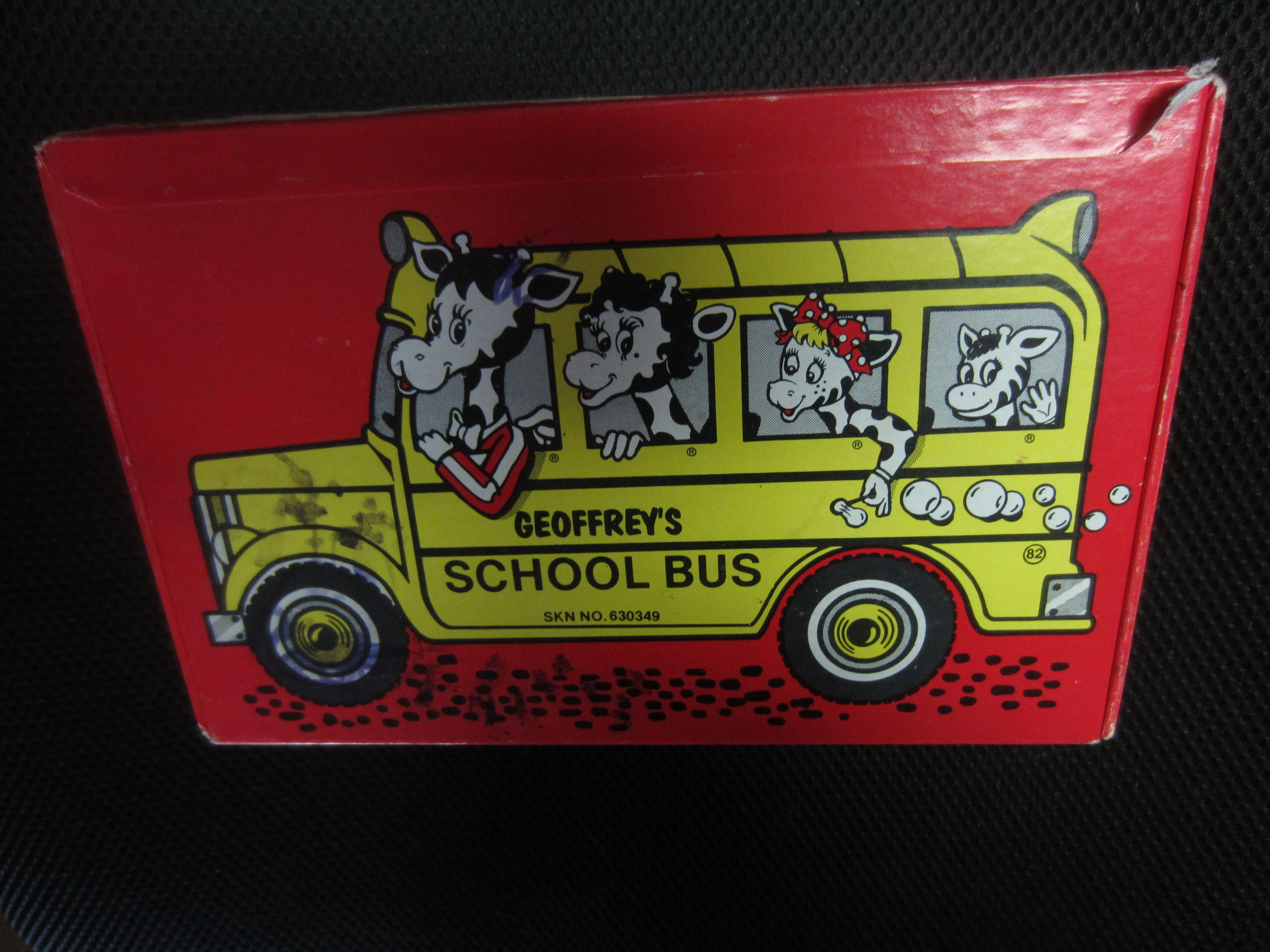 Vintage Toys R Us Geoffreys School Bus Anything Box Giraffe Family