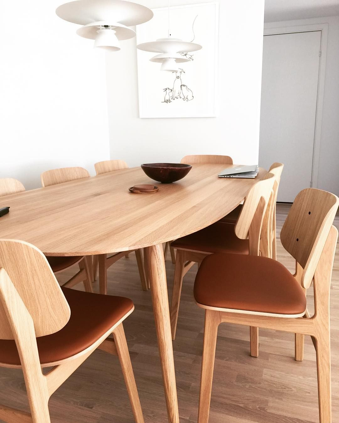 Bruunmunch PLAYdinner Lam Danish Design Scandinavian Producedindenmark Style Interiordesign Madeindenmark Diningtable Table