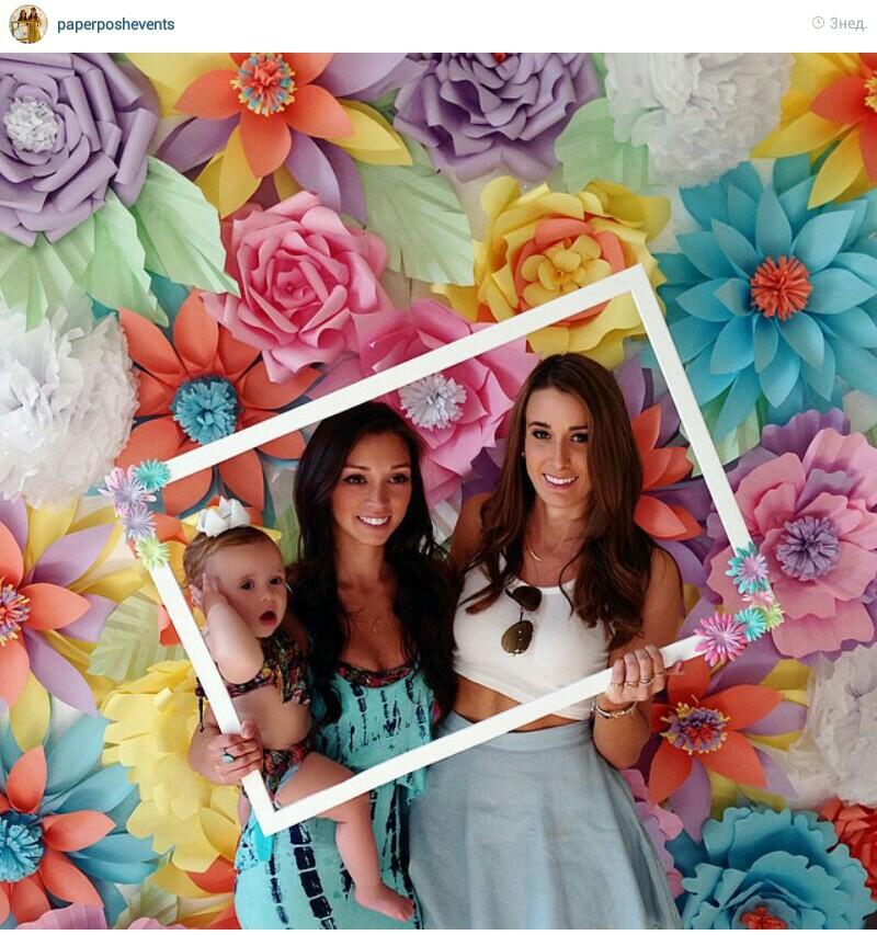 Paper flowers backdrop | Paper backdrop | Pinterest ...