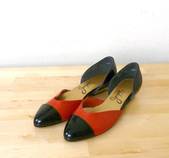 2e7c4ddc7b2 Vintage Red and Black Flats   Color Block Flats by VintageEdition ...