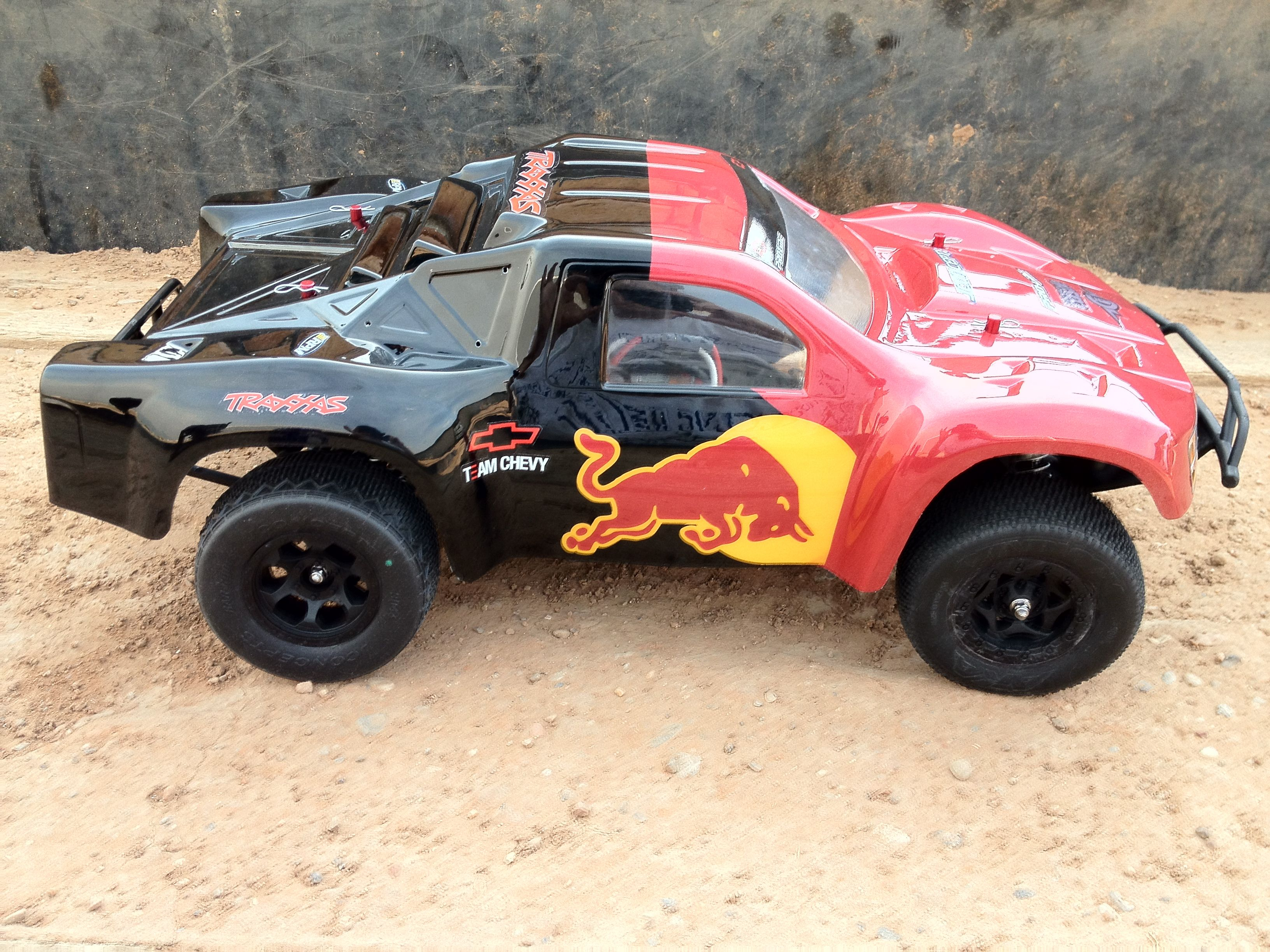 Red Bull Castle Creations Traxxas Slash 4x4