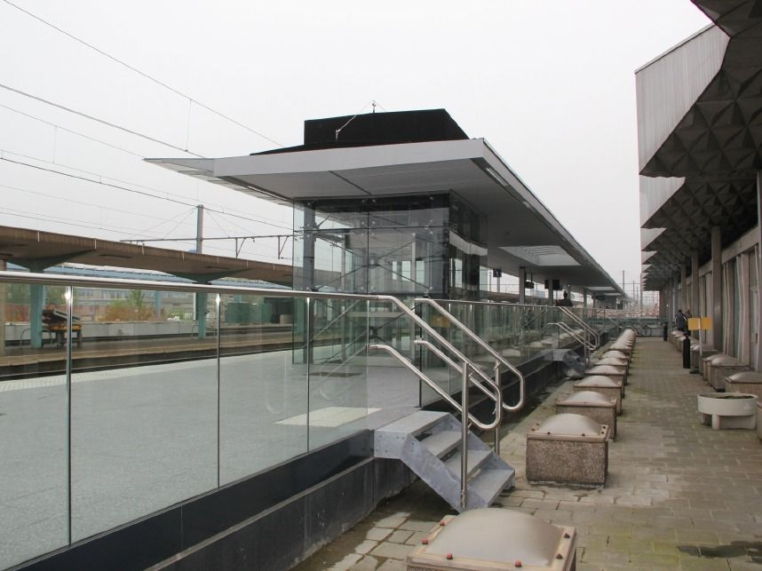 Rail station project focus frameless glass balustrades installed at