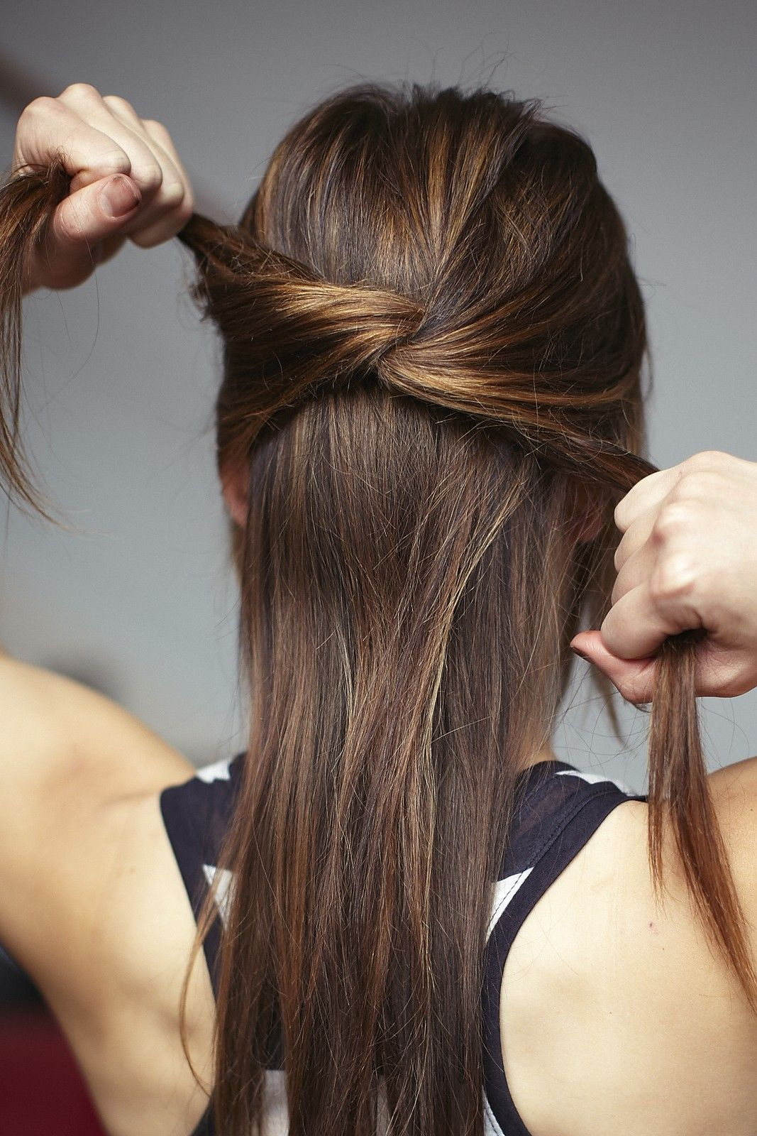Hair knots howto guide for styling summer knot hairstyles
