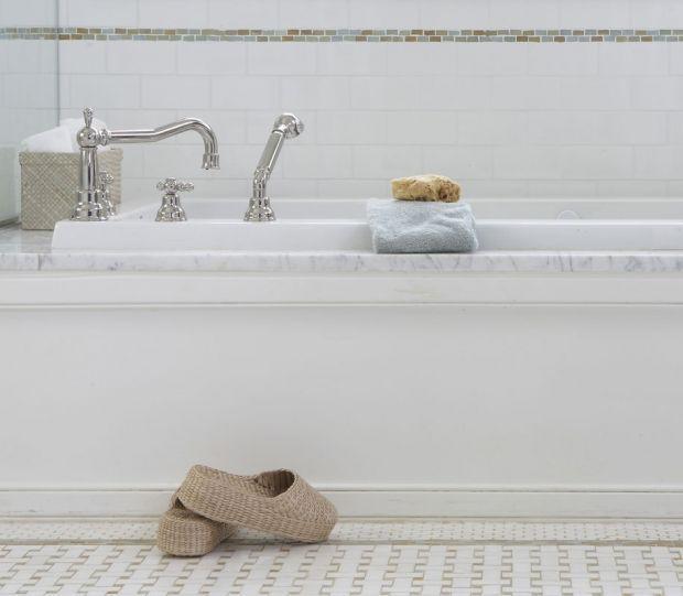 basket weave floor master bathroom ideas Pinterest Bath ideas