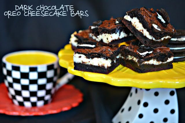 Hugs & CookiesXOXO: DARK CHOCOLATE OREO CHEESECAKE BARS